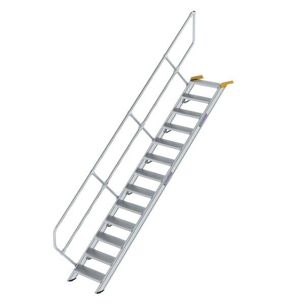 Treppe 45° Stufenbreite 600 mm 13 Stufen Aluminium geriffelt