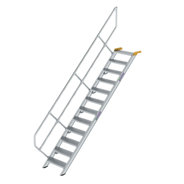 Treppe 45° Stufenbreite 600 mm 12 Stufen Aluminium geriffelt