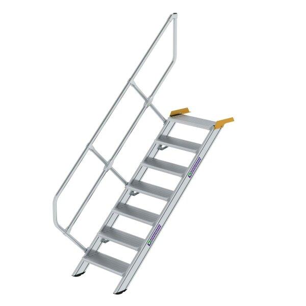 Treppe 45° Stufenbreite 600 mm 7 Stufen Aluminium geriffelt